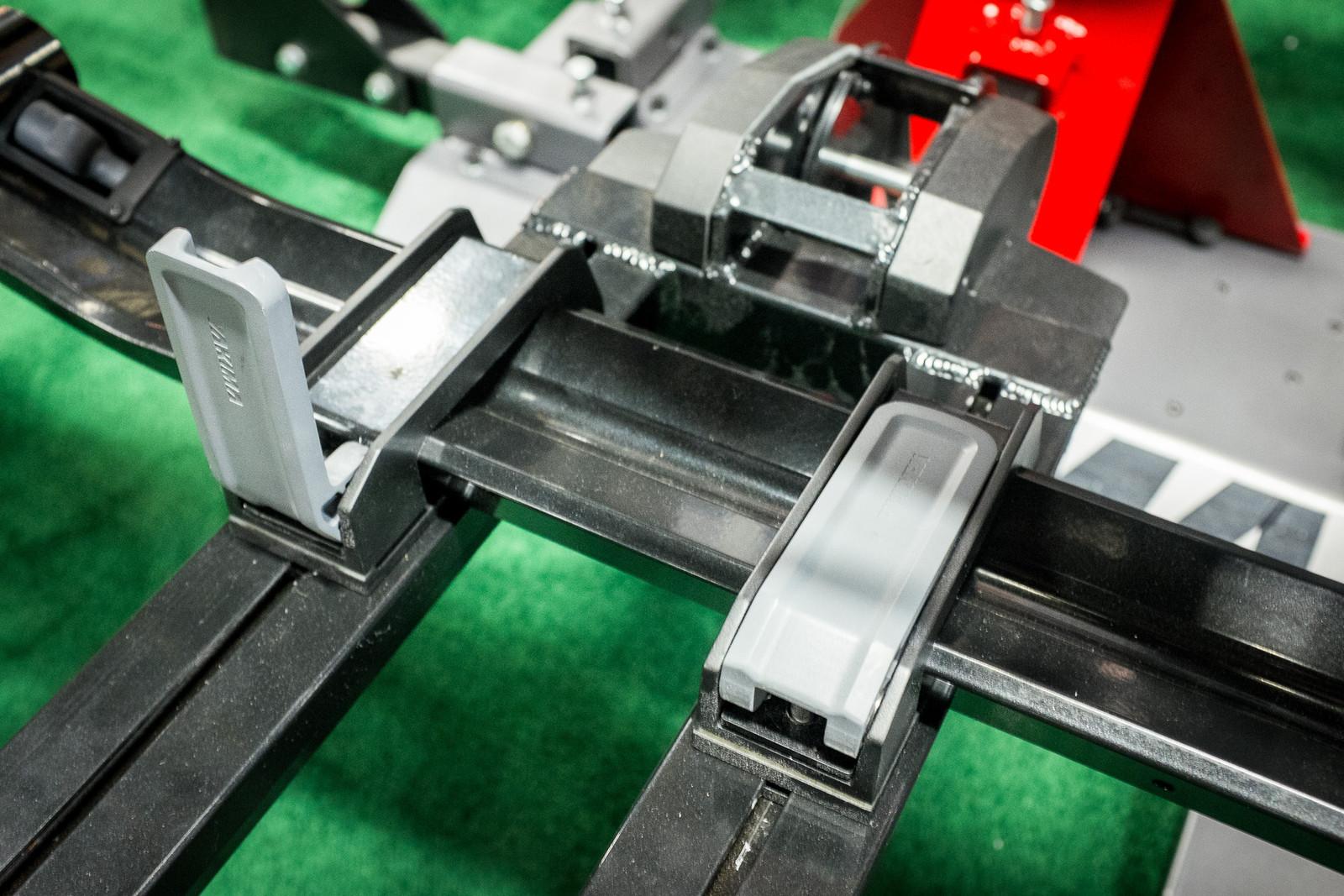 how to raise dr tray yakima bike rack
