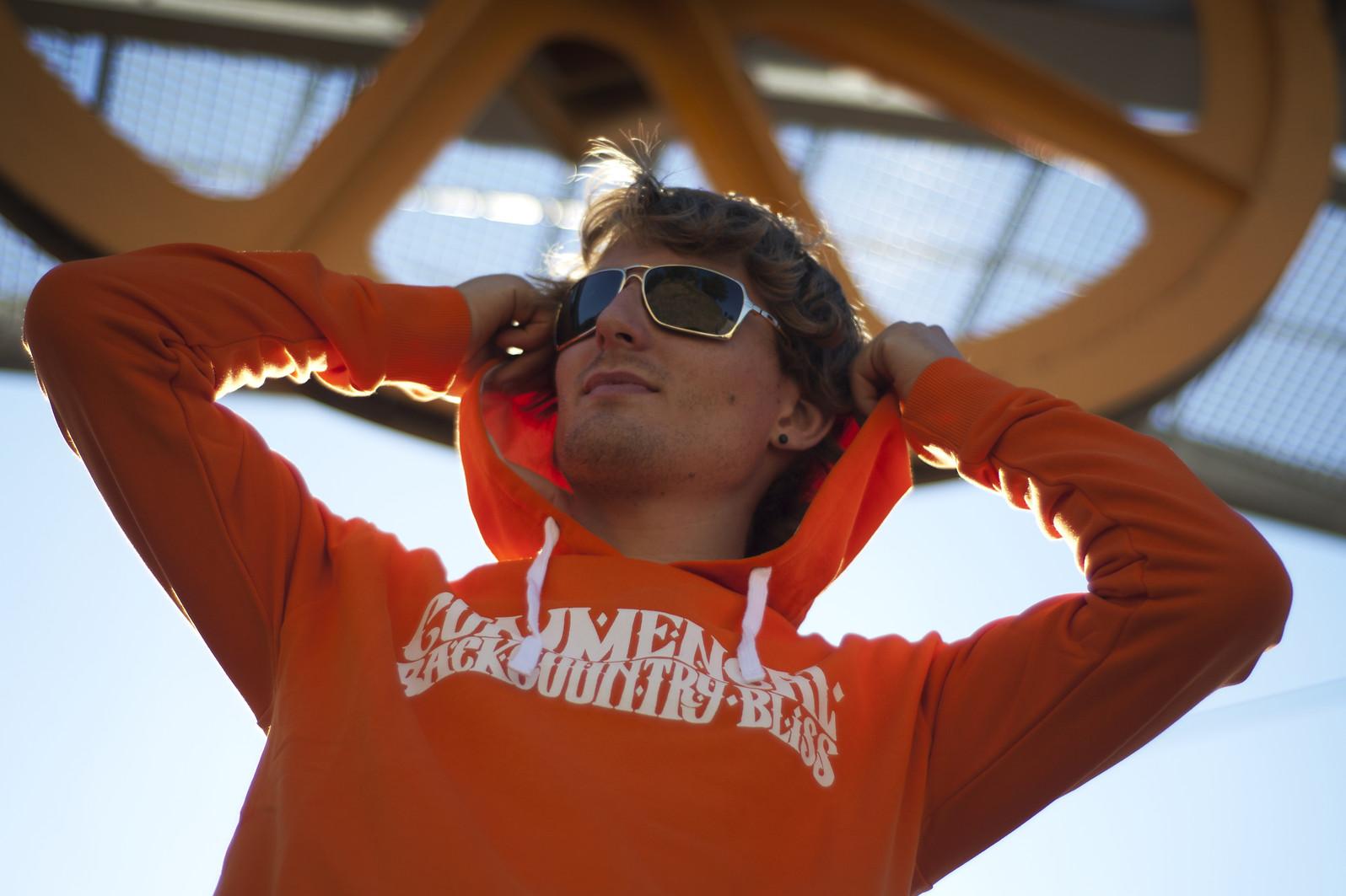 Commencal 2013 Hoodies  lifestyle hoodies 53