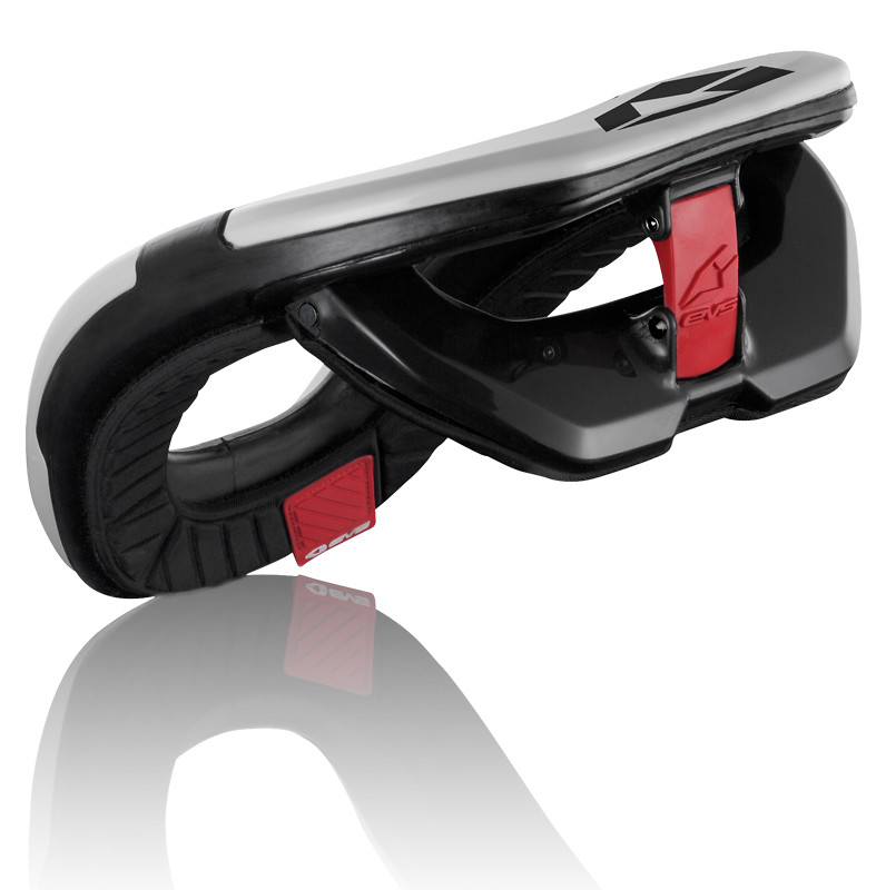 EVS Sports 2013 R4 Race Collar  R4 Back