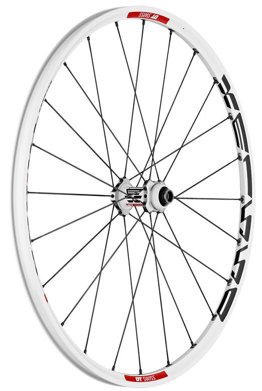 """DT Swiss XM1550 Tricon 26"""" Wheelset  PHO_XM_1550_TRICON_WHITE_TA_15_100_FW_RGB"""
