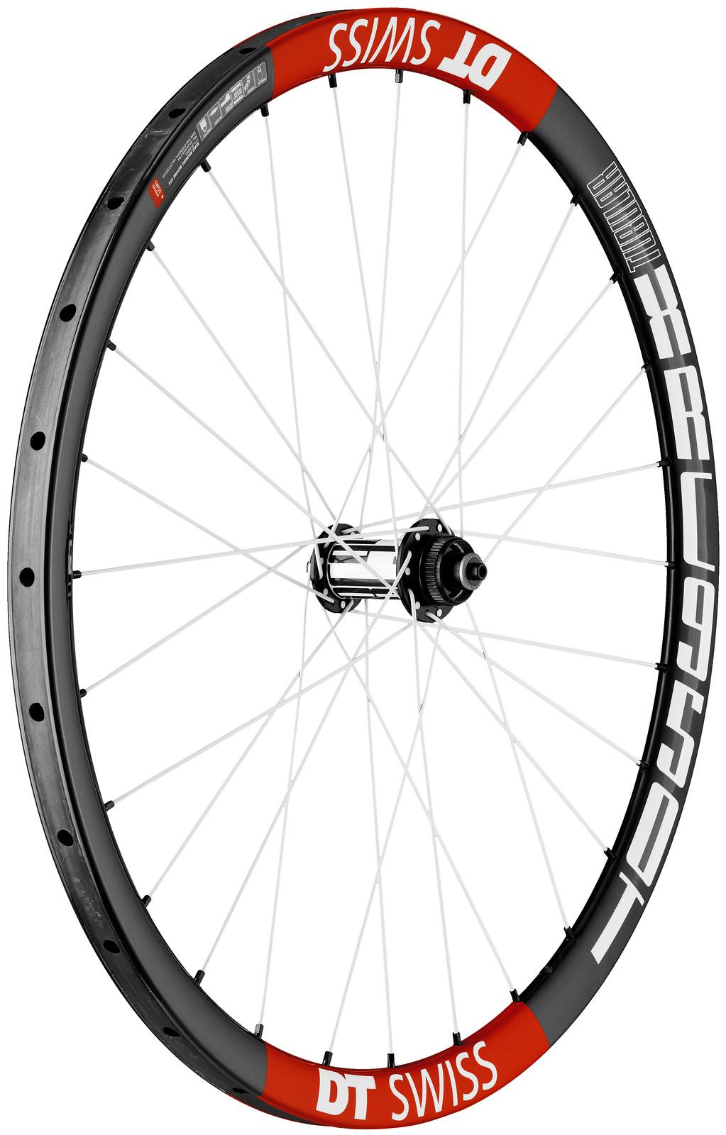 """DT Swiss XRC 950T 26"""" Wheelset  PHO_XRC_950_T_CARBON_QR_5_100_FW_RGB"""