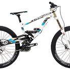C138_2013_bike_lapierre_dh_722