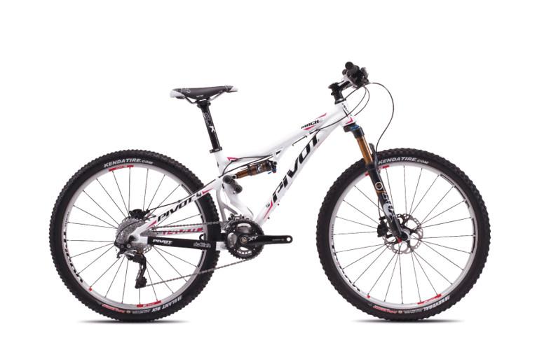 2013 Pivot Mach 4 with XT/XTR Pro  bike - Pivot MACH 4 (white with Shimano XT:XTR Pro)