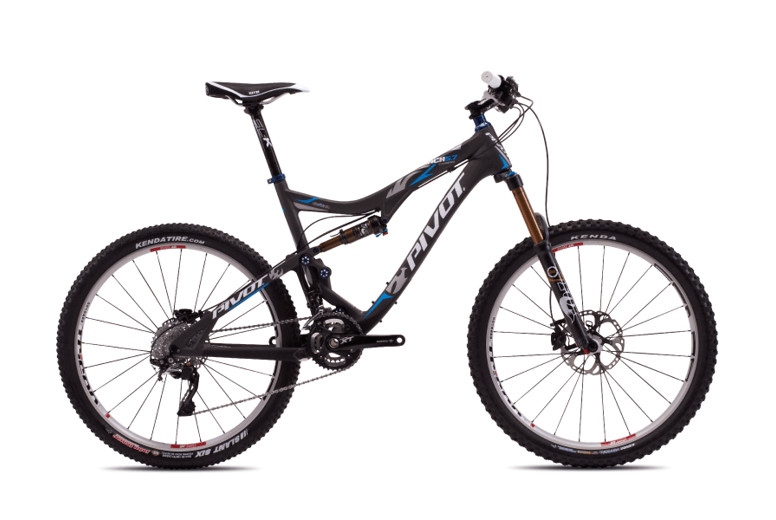2013 Pivot Mach 5.7 Carbon with XT STD  Pivot Mach 5.7 Carbon with XT:XTR Pro (Carbon:Blue)