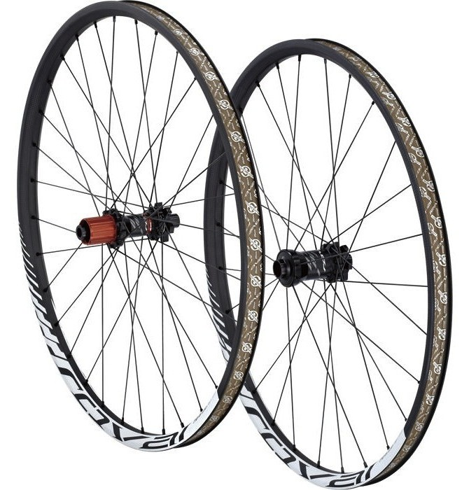 Specialized Roval Traverse SL Complete Wheel kola-specialized-roval-traverse-sl-142-2013