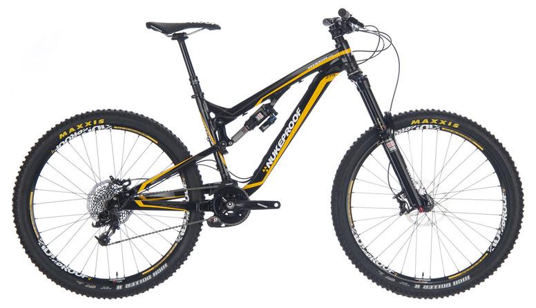 2014 Nukeproof Mega AM 275 Pro  2014 Nukeproof Mega AM 275 Pro Bike