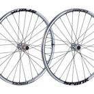 C138_spank_oozy_trail_295_28_hole_wheelset_chrome