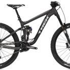 C138_trek_slash_8_27.5_bike