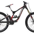 C138_2015_lapierre_dh_727_bike