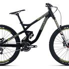 C138_commencal_supreme_dh_v3_comp_essential_rockshox_650b_black