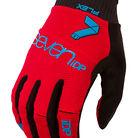 C138_7idp_gloves_2016_0005_flex_red