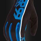 C138_royal_racing_core_glove_2017_black_blue