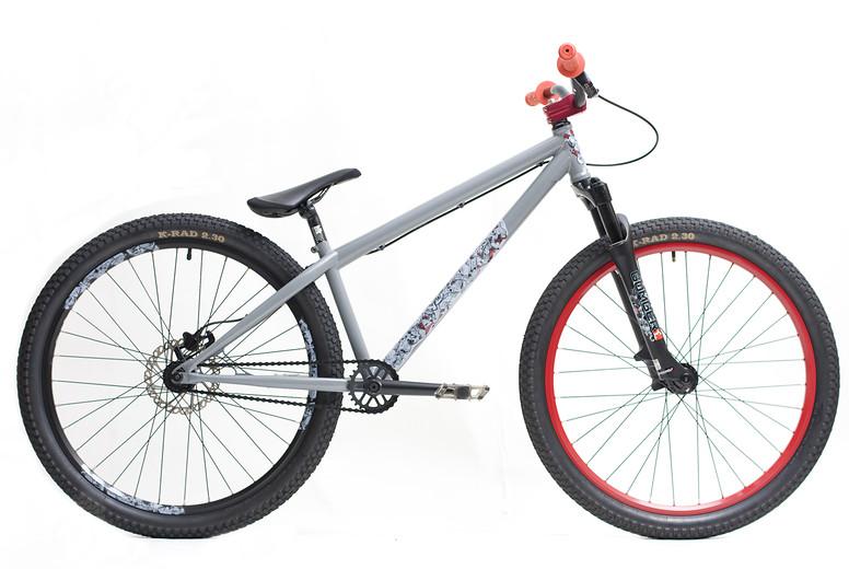 2011 Black Market Bikes Malice  2011 Malice gray small