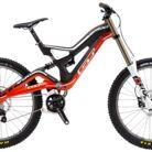 C138_bike_gt_fury_team