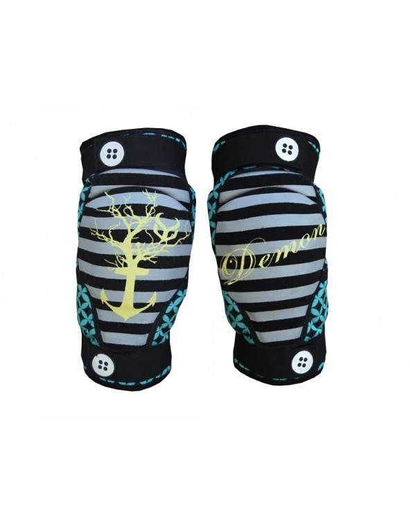 Demon Dirt Davey Jones Knee Pad davyknee-600x760