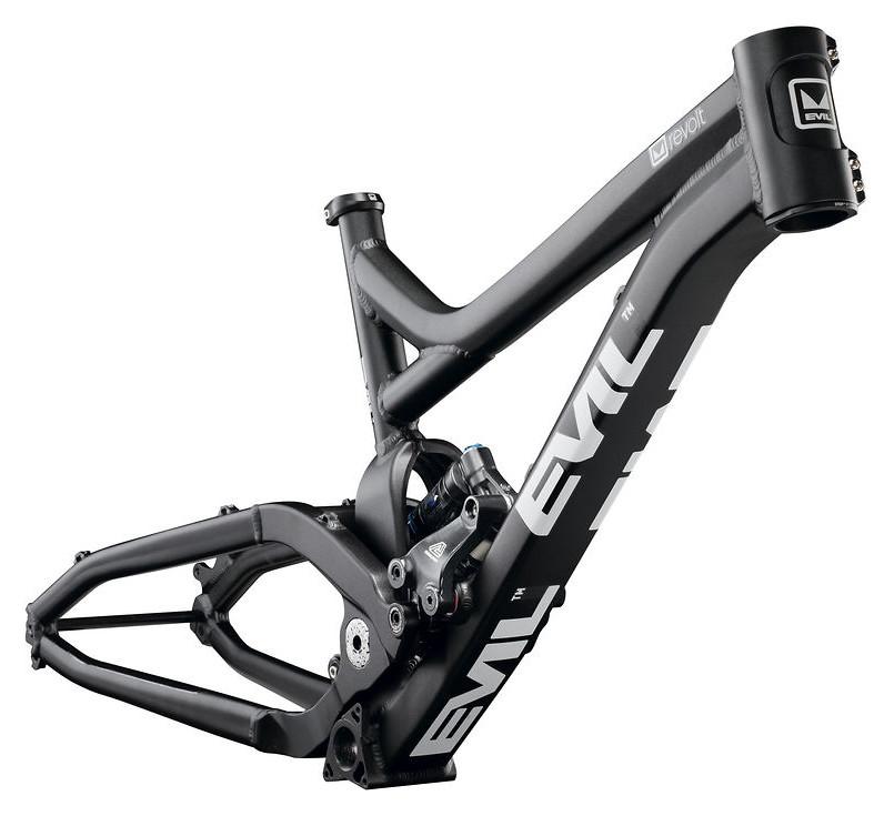 2010  Evil Bikes Revolt Bike 977-0-full-revolt_blk_compiled_rgb--10