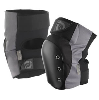 SixSixOne DJ Knee Guards  pg276b04.jpg