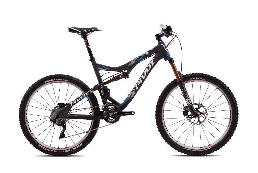 2013 Pivot Mach 5.7 Carbon with X0  Pivot Mach 5.7 Carbon with XT:XTR Pro (Carbon:Blue)