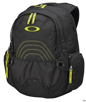 Oakley Flak Pack 3.0 Backpack Spring/Summer 11  61993.jpg