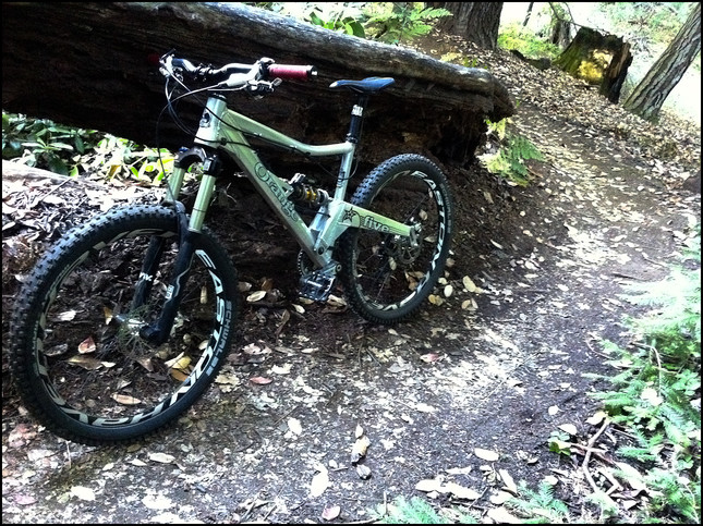 My current all-mountain bike with RockShox Reverb.