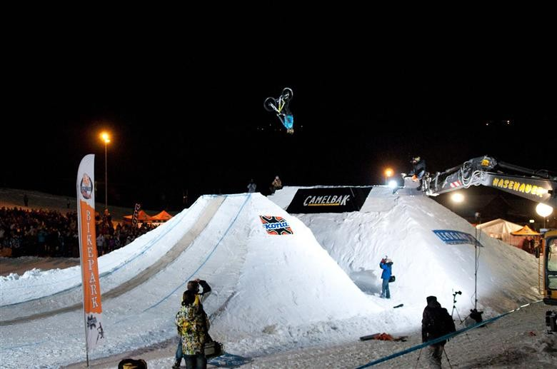 Teva Athletes Host Top 10 Freeriders For $10,000 Purse On Snow
