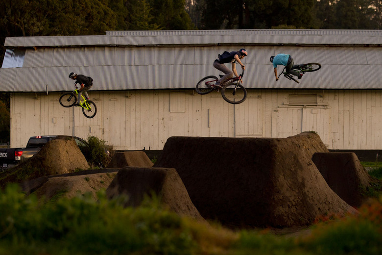 """compound and contrasting the sports crew and mountain biking Now, when it comes to mountain biking, it isn't enough to ride  organized the  first of a series of downhill races he and his crew called """"repack."""