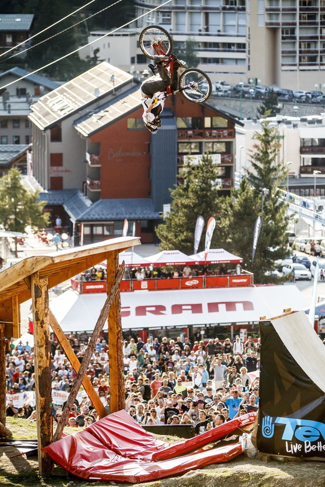 Photo by Stef Cand: Crankworx Les 2 Alpes 2012