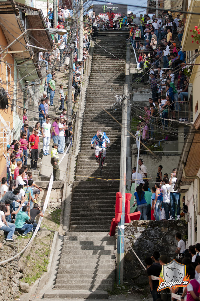2013 Manizales Urban DH Race Photos and Videos