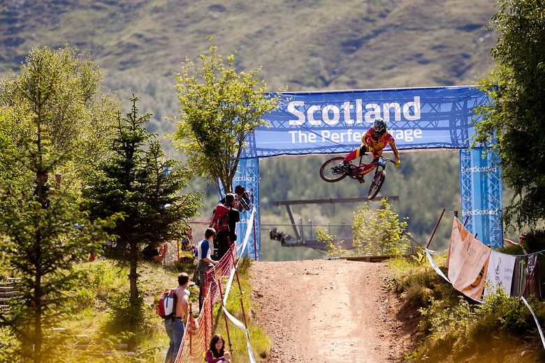 More pink, more whips and more Fort William 2012.