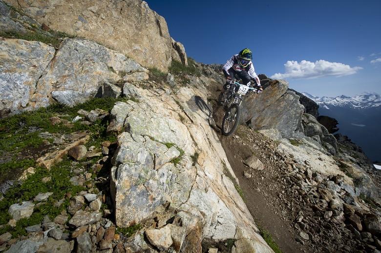 UCI Makes Full Suspension Bikes Mandatory For All MTB Disciplines in 2014