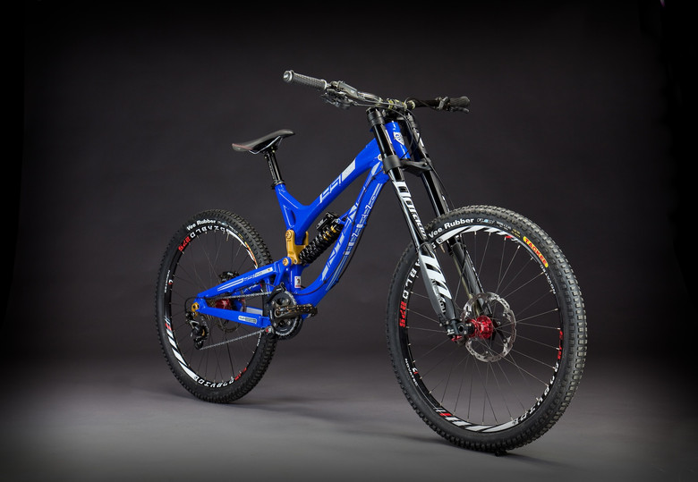 First Look: Intense 951 EVO 650B Downhill Bike