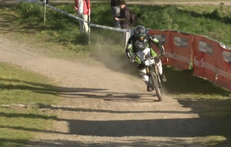 Adam Brayton Wins Round 3 of the British Downhill Series in Innerleithen, Scotland