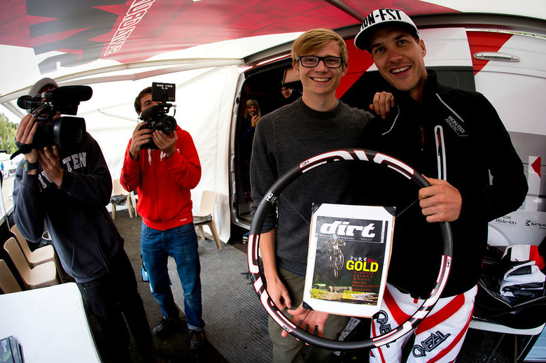 Duncan and 2012 World Champ Greg Minnaar. That's his Dirt Magazine cover, too!