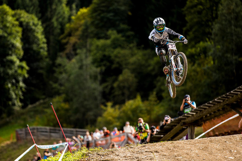 Emmeline Ragot clearing the final jump in Leogang for the second win of her 2013 season (Photo: Sven Martin)