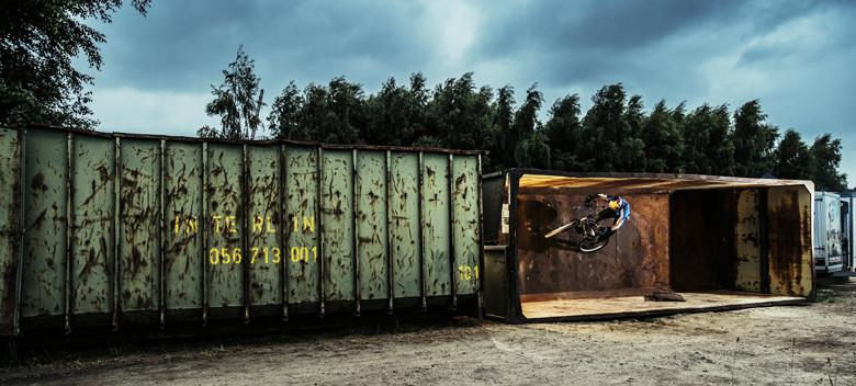 Kenny Belaey's Cargo