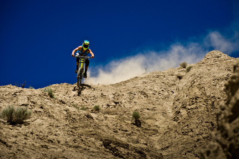Sun's out, guns out, that's how Knolly pro rider James Doerfling rolls - photo by Margus Riga.