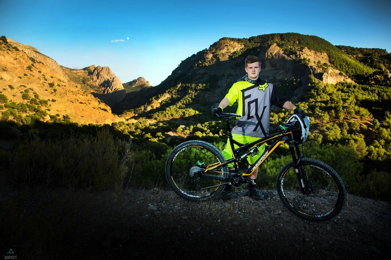 Mark Scott Joins Wideopenmag's Enduro Team