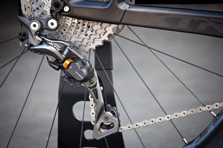 First Look: 2015 Shimano XTR 9000 - New Drivetrain, Wheels & Brakes