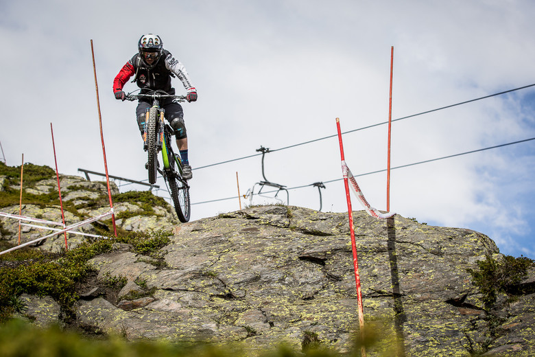 Off Track Podcast - La Thuile Enduro World Series with Curtis Keene, Joey Schusler and Jesse Melamed
