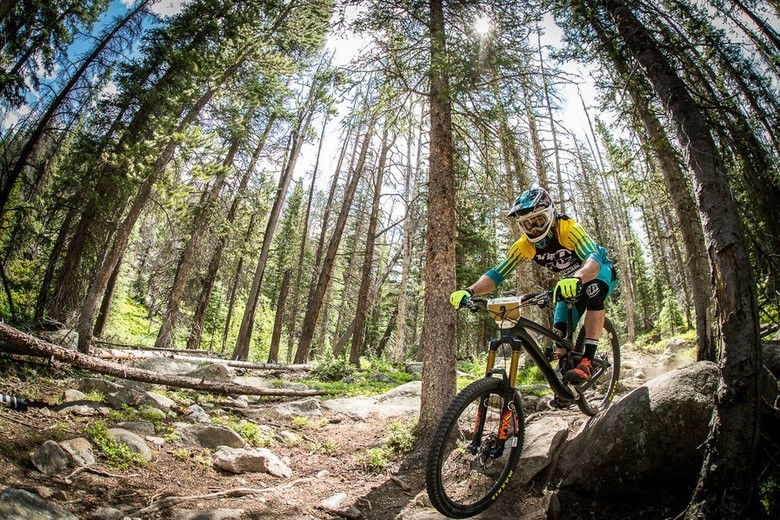 Jared Graves on his way to 3 stage victories from 3 on day 2 of racing - photo by Lee Trumpore.