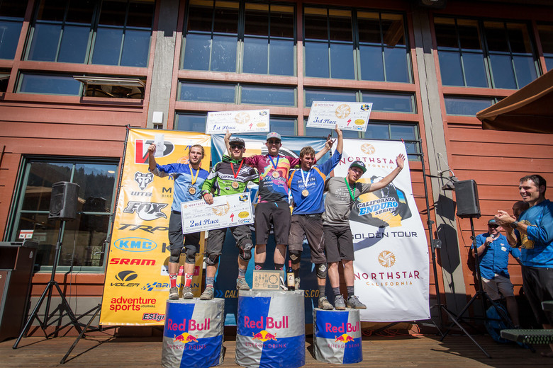 The Men's Pro Podium was well decorated, with riders from the EWS level, down to Local Pro Riders. 1st: Curtis Keene - 40:09, 2nd: Marco Osborne - 40:20, 3rd: Evan Geankoplis - 40:44, 4th: Derek Teel - 41:25, 5th: Evan Turpen - 41:49