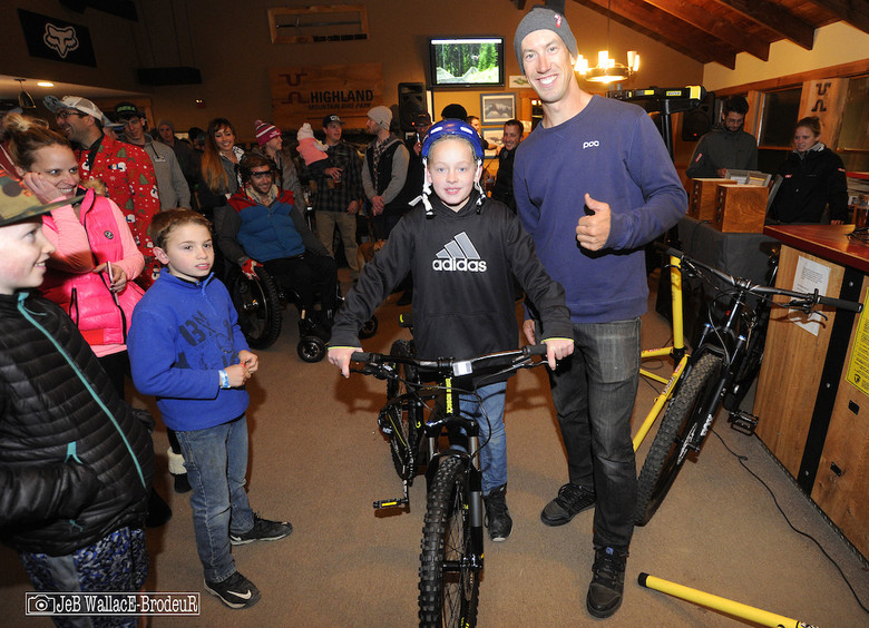 CLIF Bar and Diamond Back teamed up to raffle of a couple bikes. 100% of the earnings went to popular enduro racer Ryan St. Lawrence who suffered a spinal cord injury at Highland early this summer. Twelve-year-old Aidan Lewey, who lives just down the road from Highland, won the Diamondback Sync'r 24 raffle.