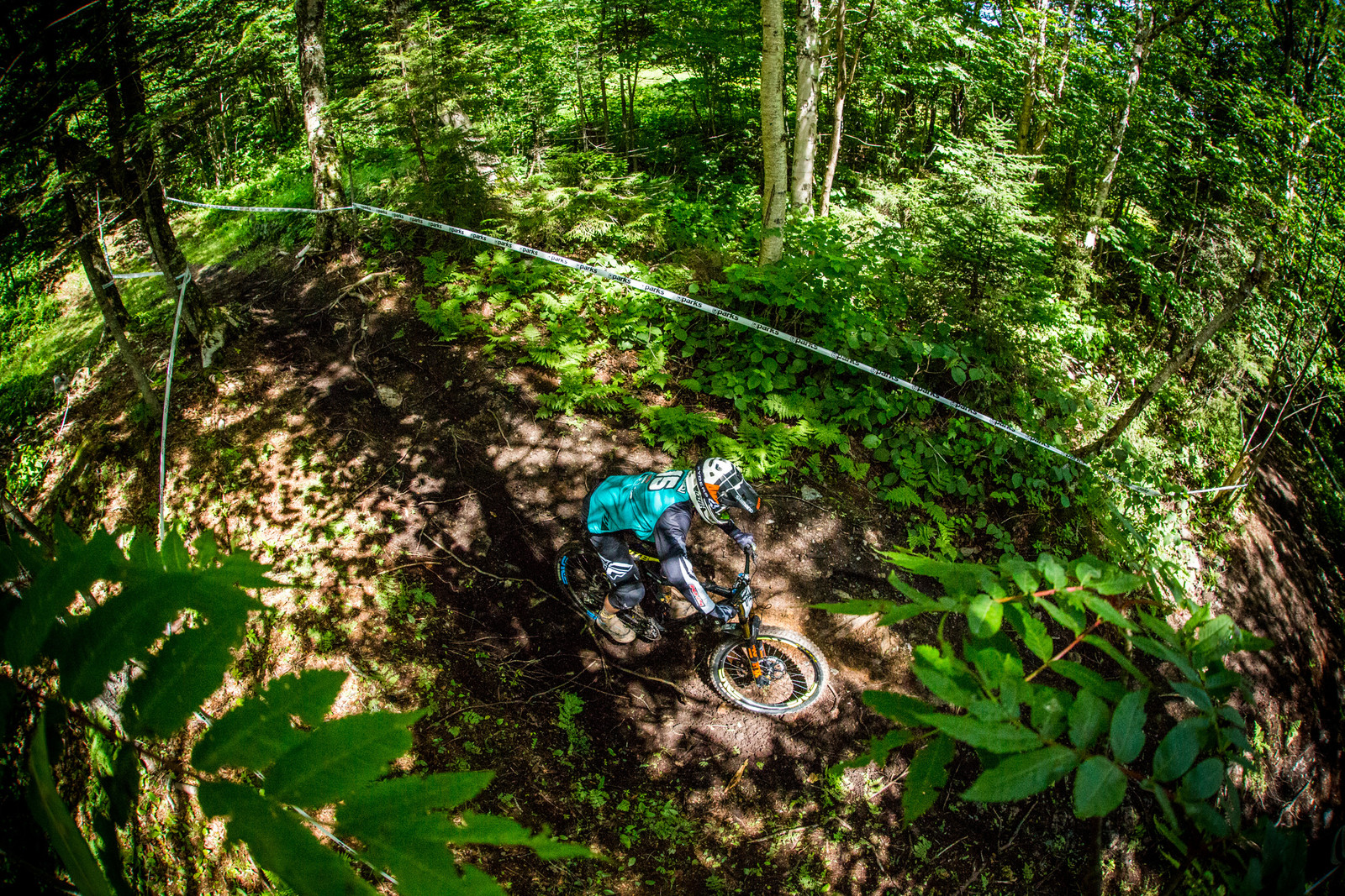Rocking a DH/TR hybrid, Logan Binggeli seemed happy with his choice, never changing bikes.