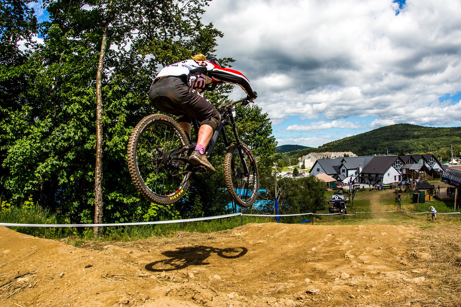 U.S. Junior ripper, Mayzie Hayden, in 2nd place, not too far off the pace! Her she is on her way to winning the Killington Pro GRT last weekend.