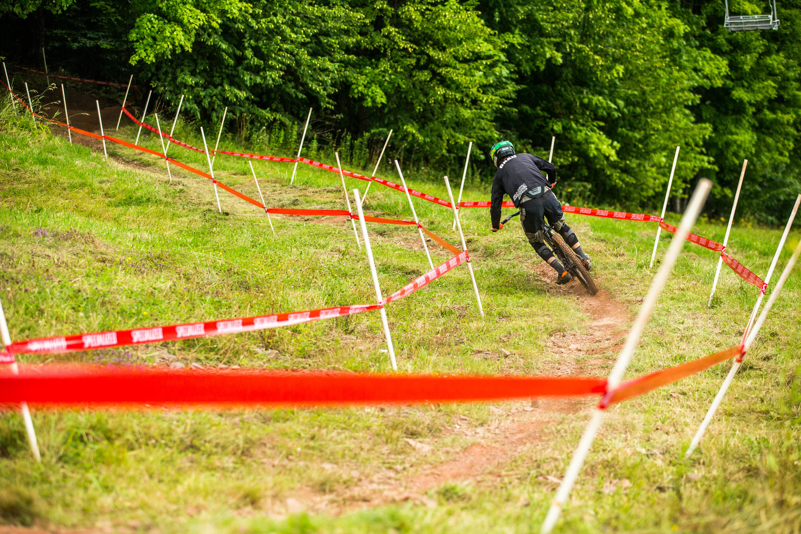 Kyle Grau using all the suspension and traction available to hit this corner flat out.