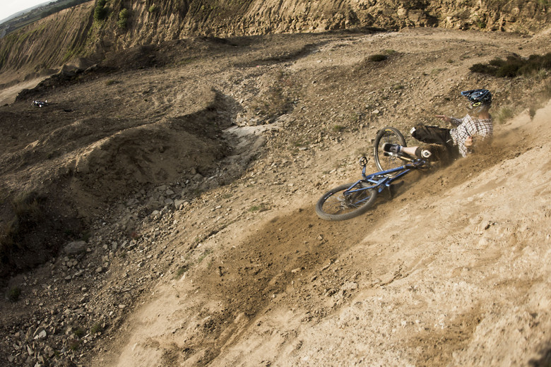 Crashed out - rootscycles - Mountain Biking Pictures - Vital MTB