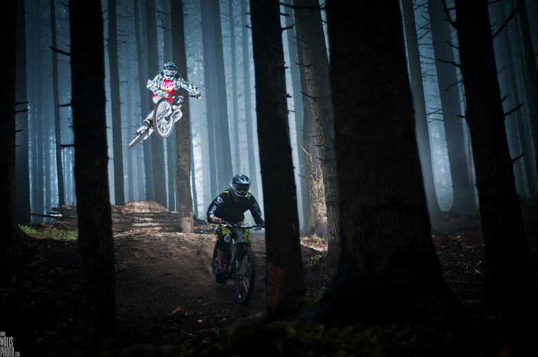 Jaws & Miki - wolisphoto.com - Mountain Biking Pictures - Vital MTB