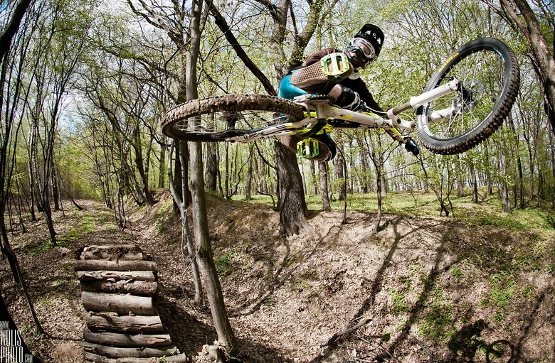 Jaws - wolisphoto.com - Mountain Biking Pictures - Vital MTB