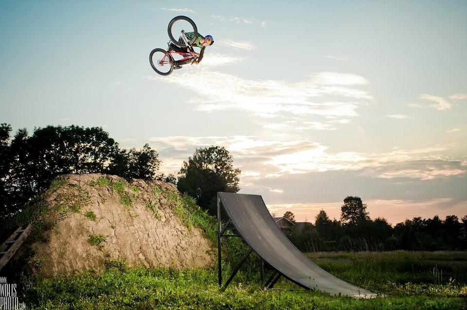 Szymon Godziek - wolisphoto.com - Mountain Biking Pictures - Vital MTB