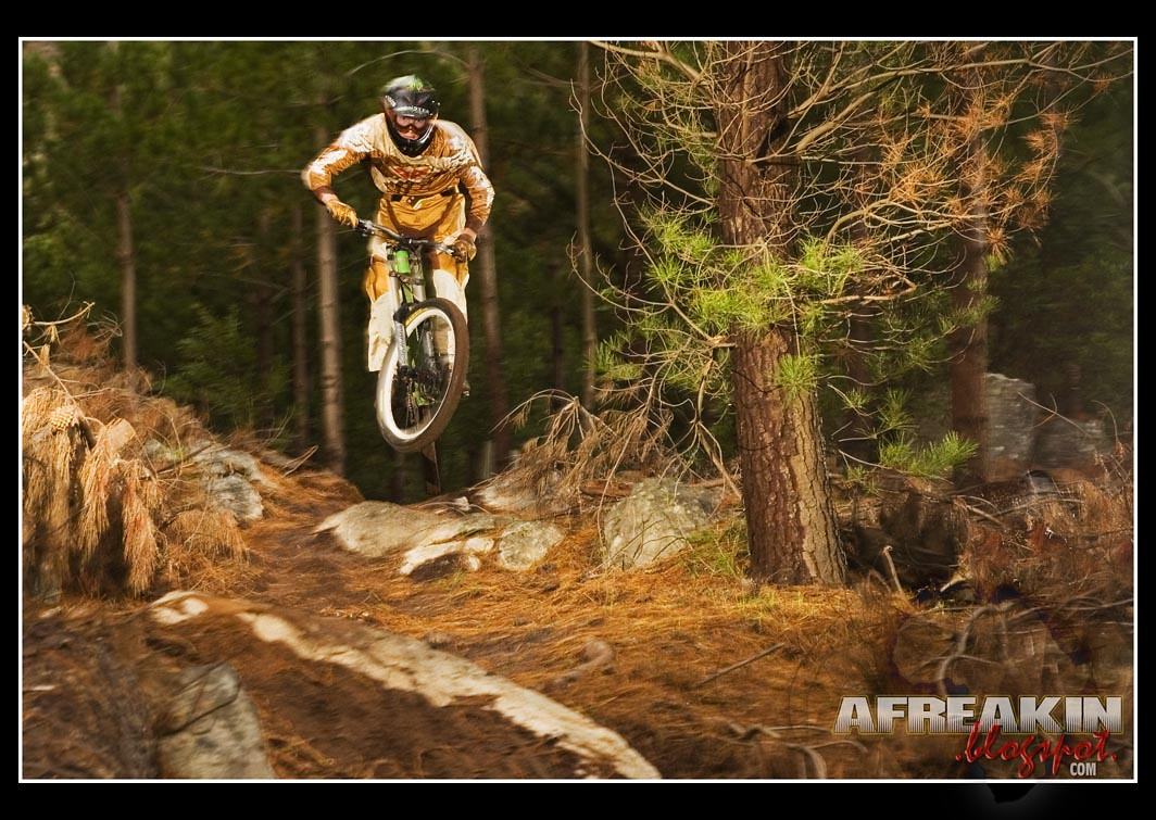 Green & Gold - Afreakin Eric - Mountain Biking Pictures - Vital MTB